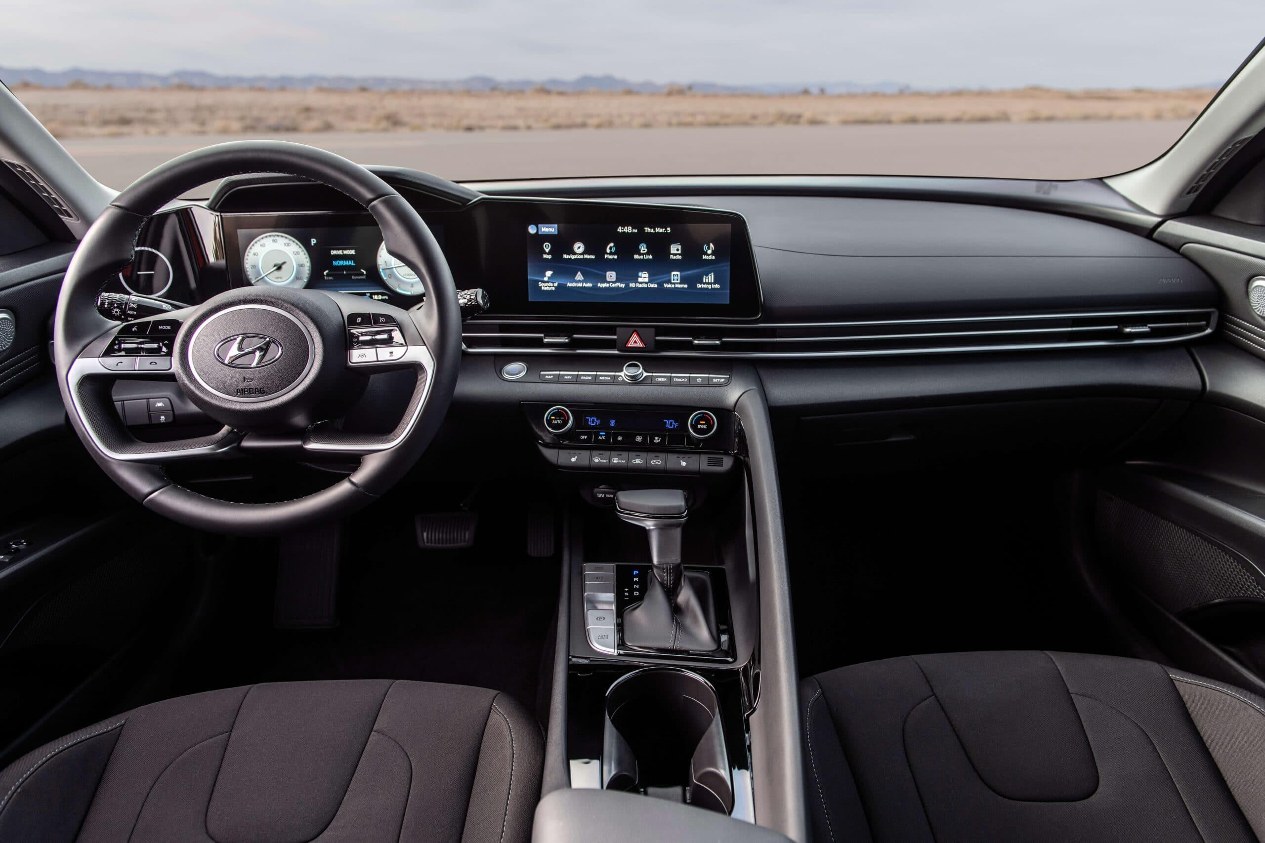 Intérieur de la Hyundai Elantra 2021